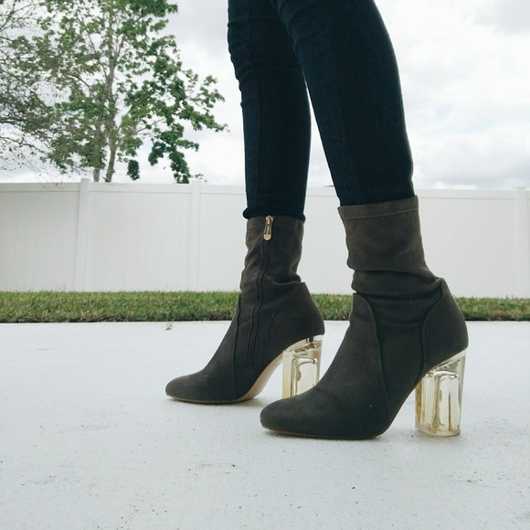 Wet Seal Shoes   Olive Green Booties
